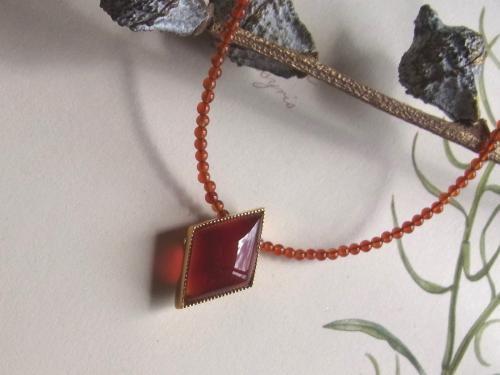 SV:ひし形のネックレス(リバーシブル)