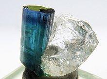 宝石質インディゴライト on クォーツ|パキスタン産水晶|2.1g
