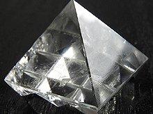 ヴァーストゥピラミッド|インド風水の空間調整アイテム|ヒマラヤ水晶|No.10