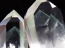 エメラルドグリーンファントムクォーツ 原石クラスター マダガスカル産 31.2g