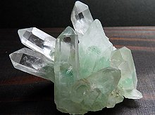 エメラルドグリーンファントムクォーツ|マダガスカル産原石クラスター|57g No.5