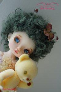 【即納品】5-5.5inch 羊毛ウィッグ(Aliceサイズ)