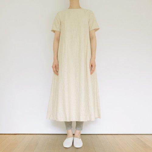 YAECA / Aラインドレス  【MODEL N°91709】