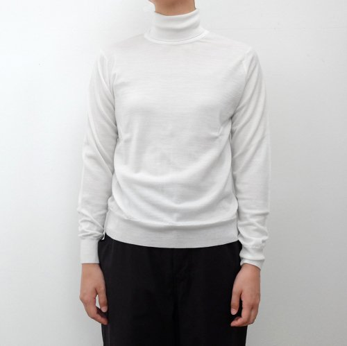 JOHN SMEDLEY /  ALENNA ROLL SWEATER LS【ALENNA】<img class='new_mark_img2' src='https://img.shop-pro.jp/img/new/icons6.gif' style='border:none;display:inline;margin:0px;padding:0px;width:auto;' />