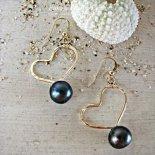 ブラック パール ハート ピアス ゴールド [ Pukoa Pacific Pearls / ハワイ ] [海外受注]