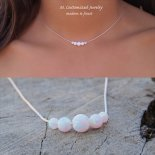 レインボー ホワイト オパール 5粒 ネックレス [M. Customized Jewelry] 海外受注