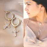 Cubic zirconia Cross(十字架)ゴールド ピアス [Customized Jewelry / カスタマイズ ジュエリー] 海外受注