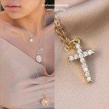 12 tiny cubic zirconia Cross(十字架) ゴールド ネックレス [Customized Jewelry / カスタマイズ ジュエリー] 海外受注