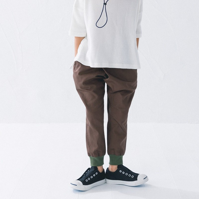 【nunuforme】タックジョッパーズパンツ|ブラウン|95-145cm