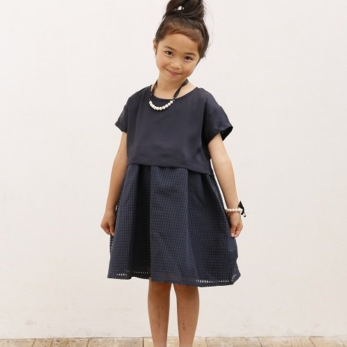 <img class='new_mark_img1' src='//img.shop-pro.jp/img/new/icons20.gif' style='border:none;display:inline;margin:0px;padding:0px;width:auto;' />【ARCH&LINE】CHECK LAYERED DRESS|ネイビー