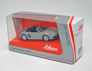 <img class='new_mark_img1' src='https://img.shop-pro.jp/img/new/icons1.gif' style='border:none;display:inline;margin:0px;padding:0px;width:auto;' />schuco 1/64 PORSCHE BOXSTER S 981 silver metallic