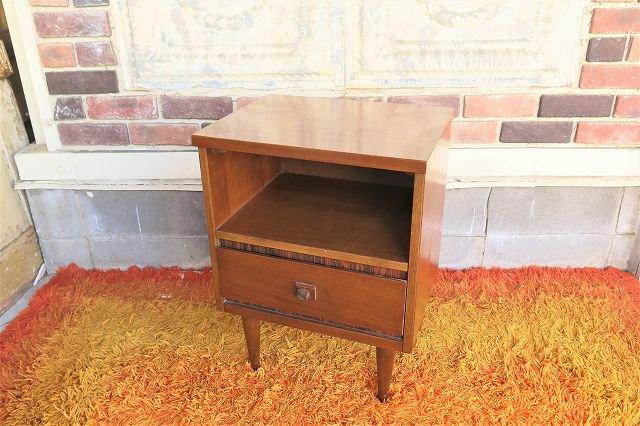 1950-60's ヴィンテージ ウッド ナイトテーブル