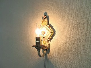 1930-40's アンティーク フラワーモチーフ ブラケットランプ�