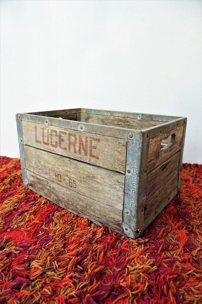 1950's Lucerne社製 ヴィンテージ ミルククレート / 木箱