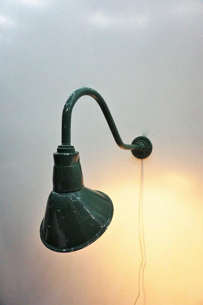 ヴィンテージ インダストリアル ブラケットランプ�