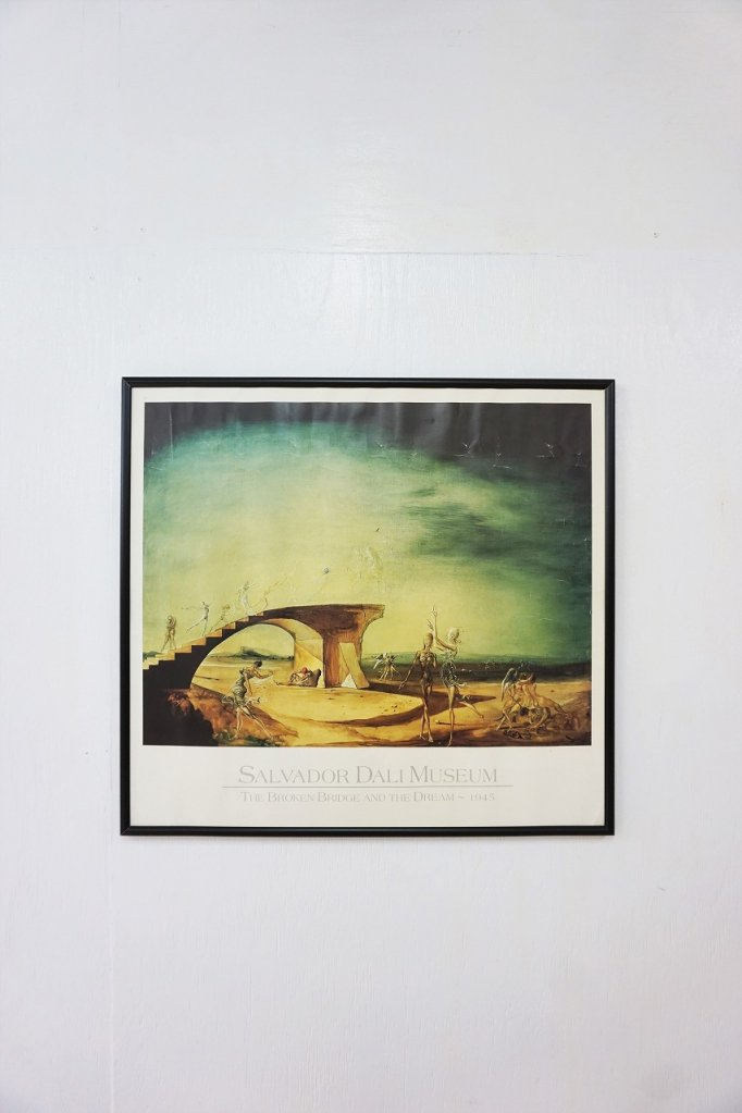 Salvador Dali 額入りポスター