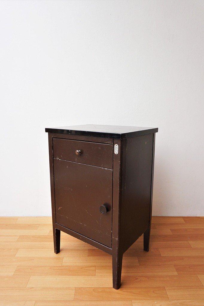 1940-50's Metal Furniture社製 ヴィンテージ スチール キャビネット