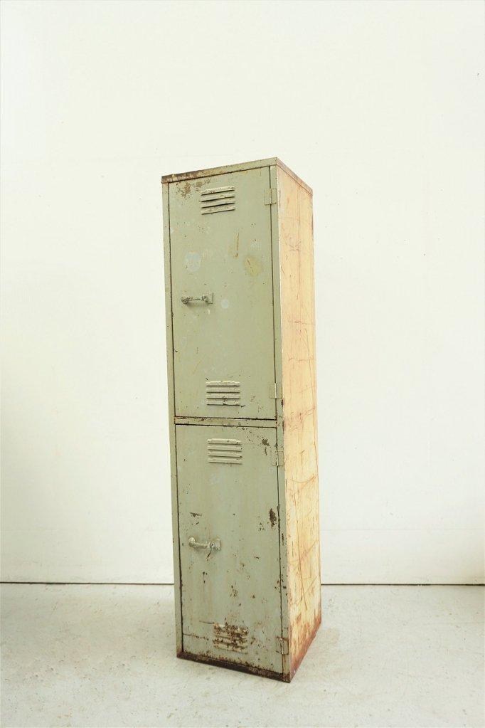 ART STEEL社製 ヴィンテージ スチールロッカー