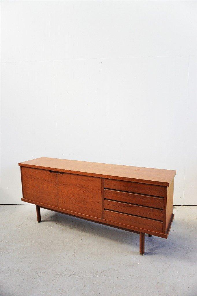 1960-70's ヴィンテージ ウッドサイドボード
