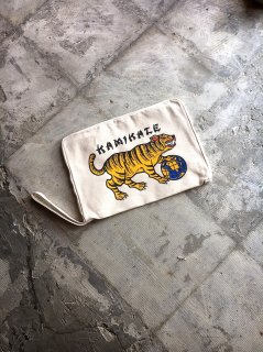 """KAMIKAZE""CLUTCH BAG(WHITE)"
