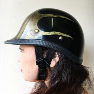 BACON HELM�