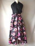 アフリカン ロングフレア ヘムスカート 黒・ピンク花柄