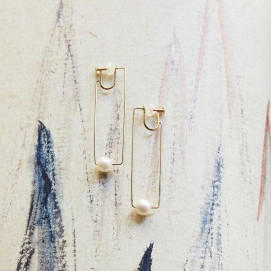 Euco LINE akoya pearl Earring / line_p_M