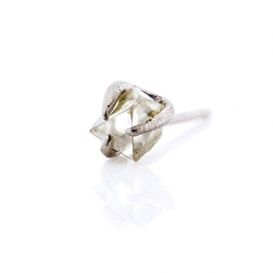 rough diamond studded pierce/1903-006