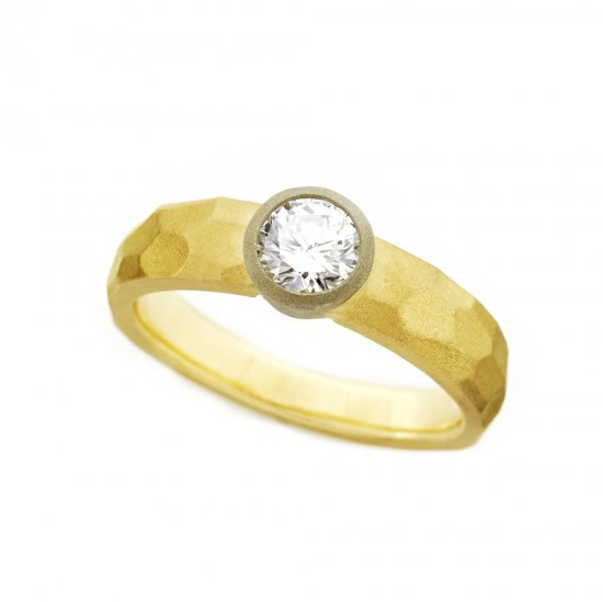 cut ring Diamond /1906-018