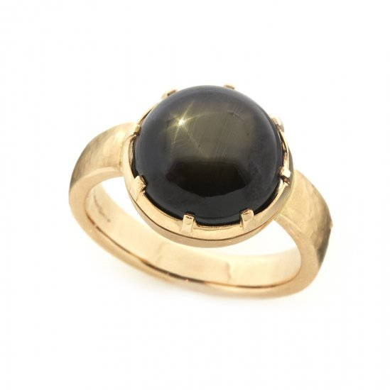 Cut Down Ring Black Star Sapphire / 1912-022