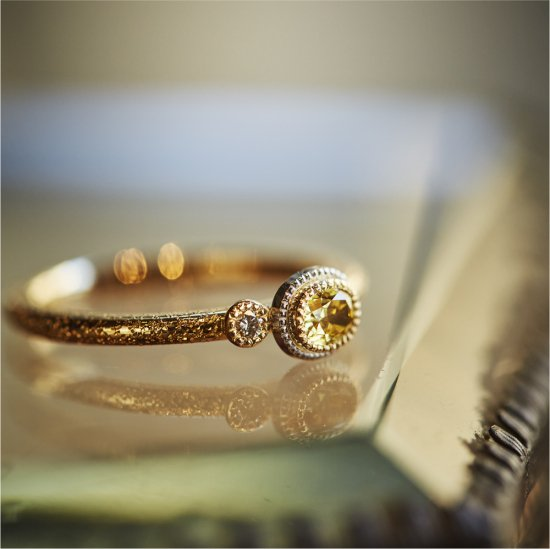 Oval shape yellow Diamond  Ring / V2009-002