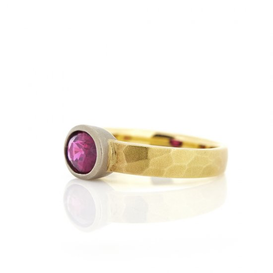 Ruby cut ring / 1412-016