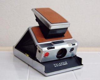 <img class='new_mark_img1' src='https://img.shop-pro.jp/img/new/icons47.gif' style='border:none;display:inline;margin:0px;padding:0px;width:auto;' />POLAROID SX-70 LAND CAMERA First Model