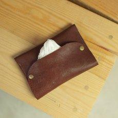 本革製のポケットティッシュケース / bill