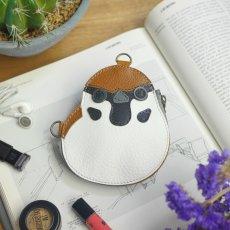 雀(すずめ)デザインの本革製ポーチ / Suzume