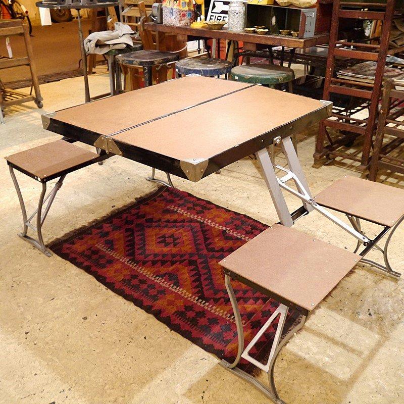 ビンテージ 折りたたみアウトドアテーブル&チェア style=
