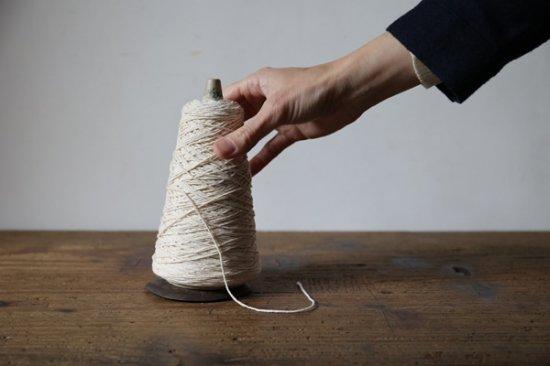 糸巻きのホルダー