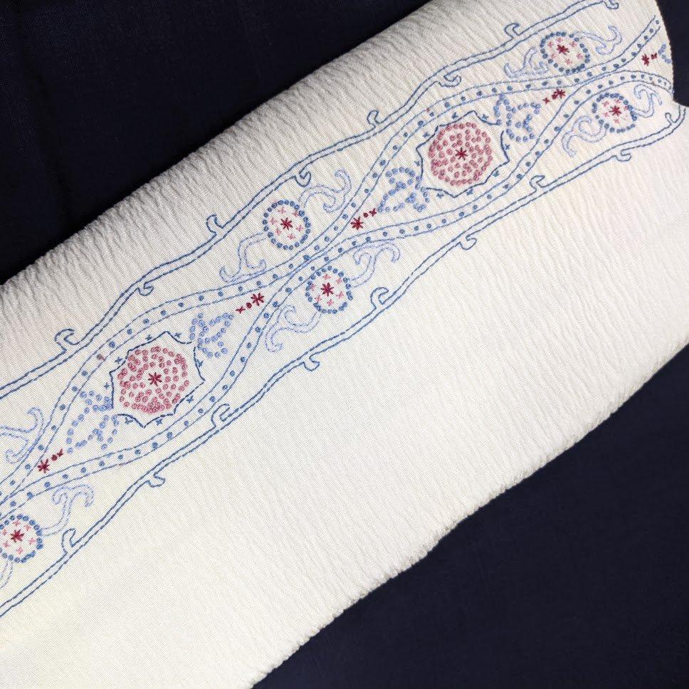 リメイク用反物 相良刺繍 (洗い張り) 絹