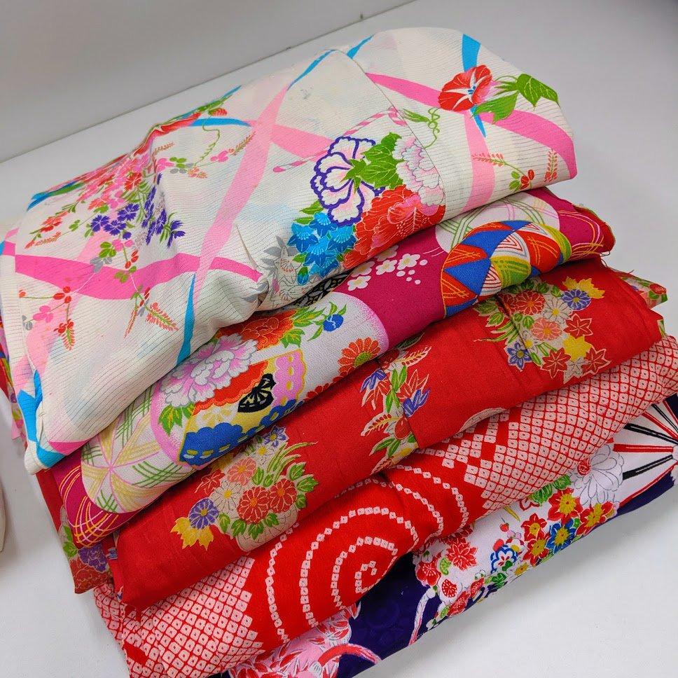 リメイク用アンティーク着物  綺麗な柄シリーズ  5枚セット