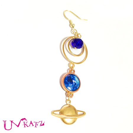 【再販】KATAMiMi NO.K51 地球と土星の片耳ピアス