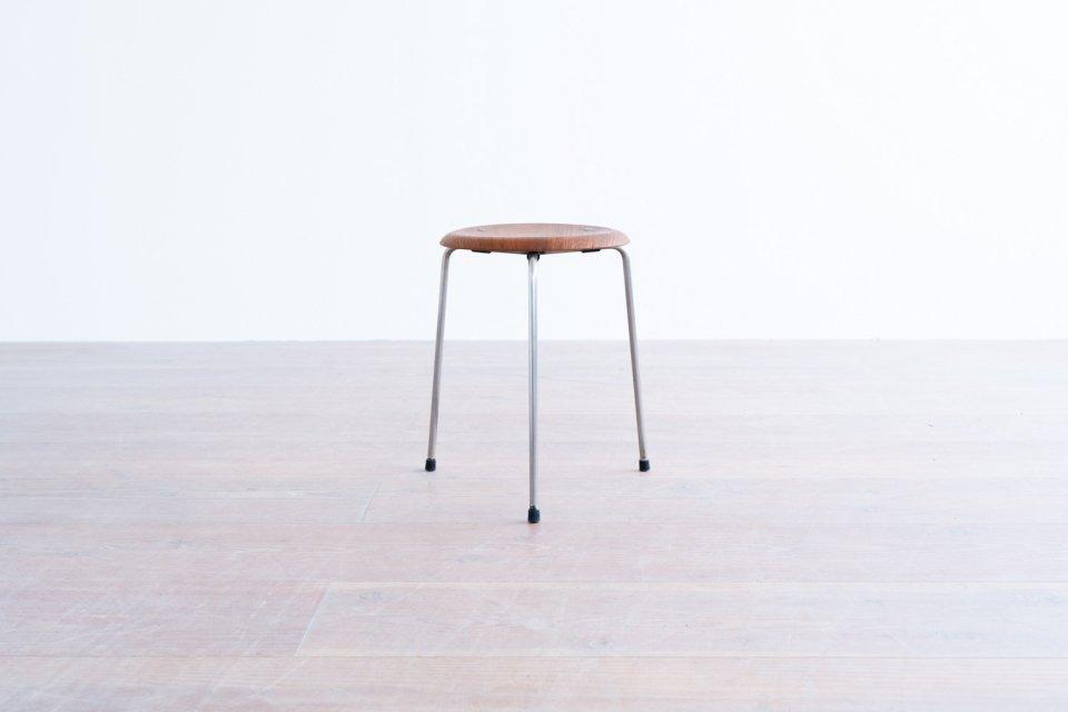 Arne Jacobsen model.3170 ドットスツール チーク