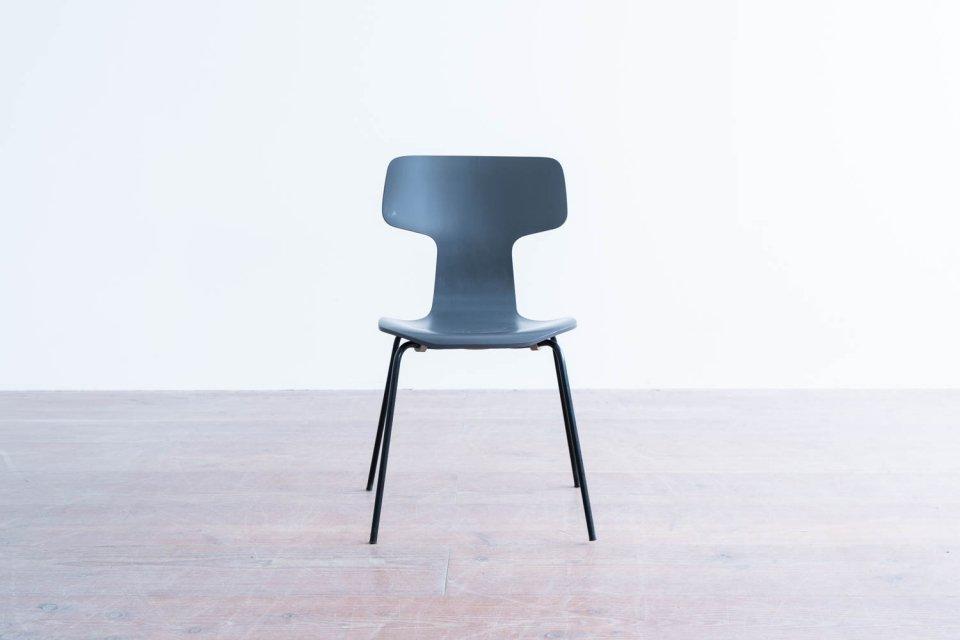 Arne Jacobsen model.3103 Tチェア グレー