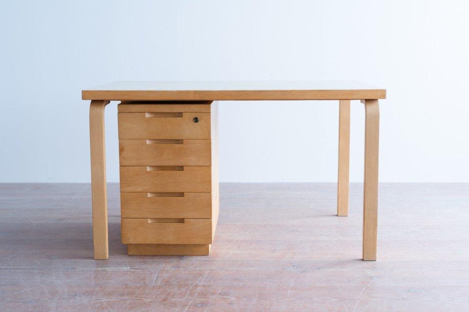 Alvar Aalto デスク リノリウムグレー