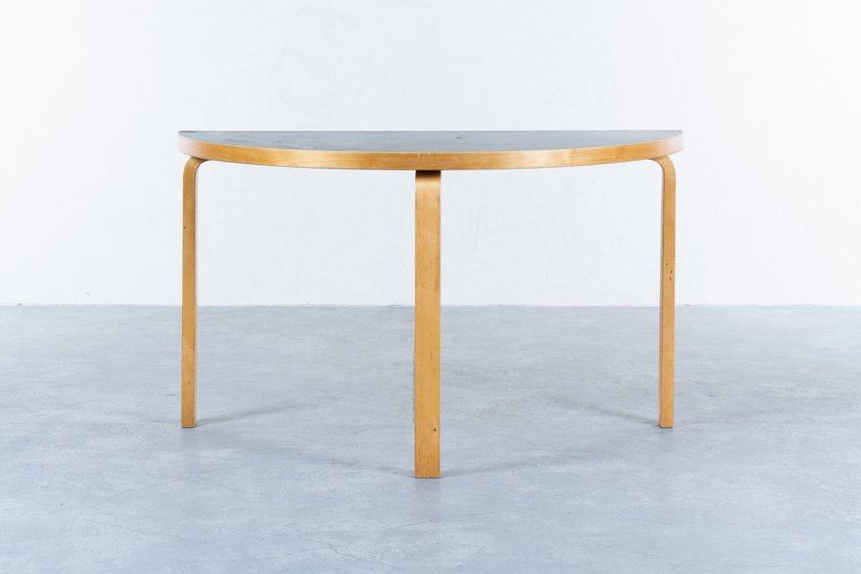 Alvar Aalto 半円テーブル リノリウム ブラック