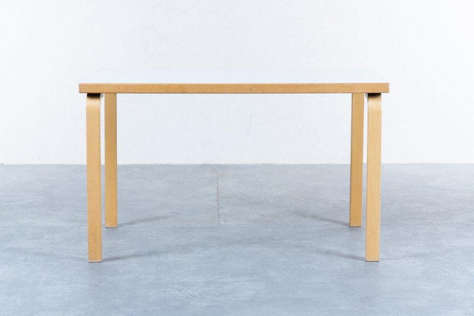 Alvar Aalto 81B テーブル ラミネート ホワイト