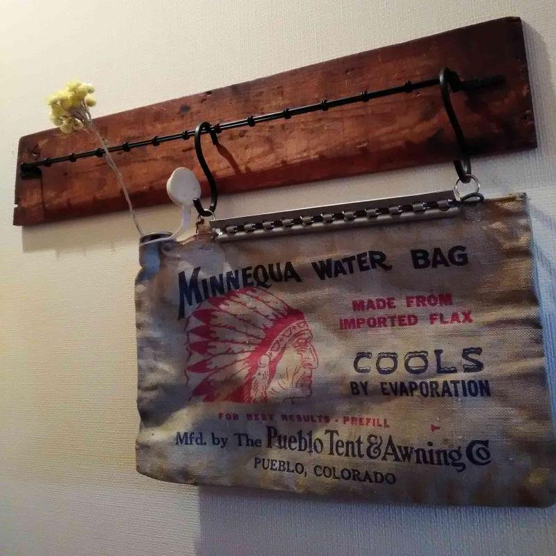 1940's MADE IN U.S.A. VINTAGE MINNEQUA WATER BAG