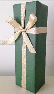 1本用ギフトボックス<br/>包装紙グリーン&金色リボン