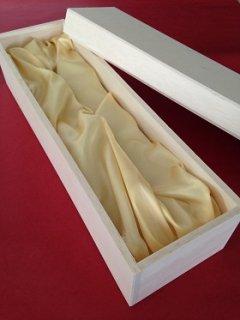 贈答用 木箱布張り1本用<br/>包装紙レッド&金色リボン