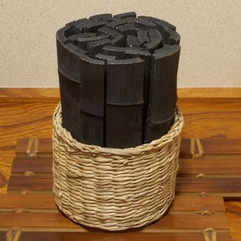 カゴ入り竹炭 〈板-02〉