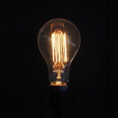 Edison Bulb (Shape) / 60W / E26